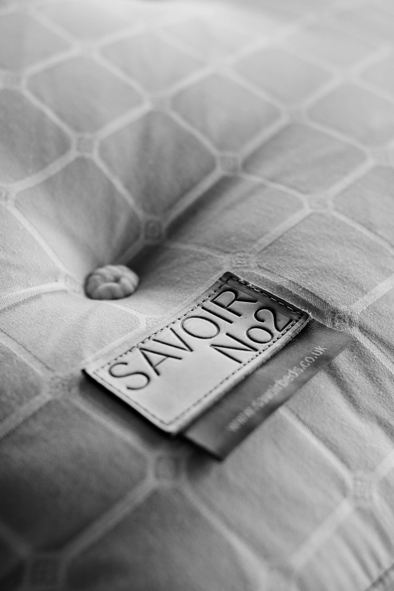 Savoir bed label